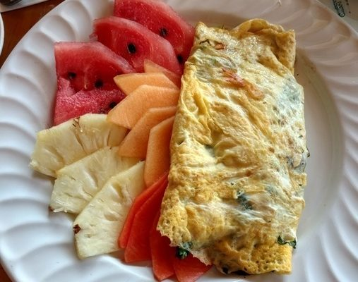 Vegetable Omlete with Fresh Fruit