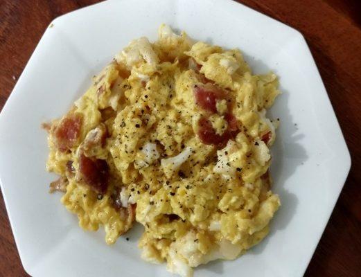 Bacon and Cauliflower Scrambled eggs